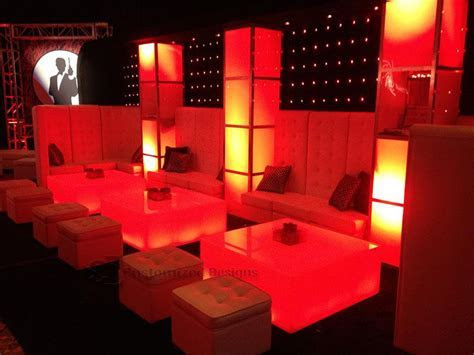 LED Lighted Nightclub & Bar Lounge Furniture   Customize