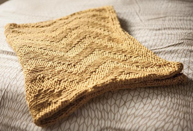 Free Sunshine Chevron Baby Blanket - Knitting Pattern