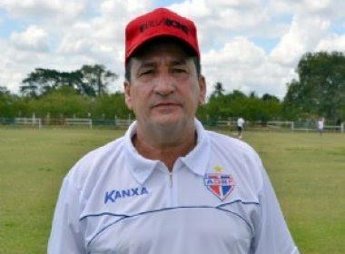 Bahia de Feira busca contratação do técnico Nazareno Silva