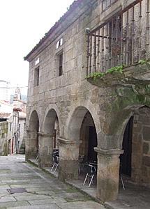 Su casa de Ribadavia (Ourense).