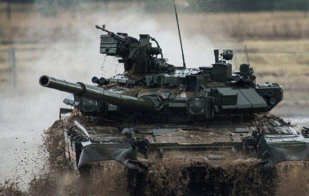 Χτύπησαν το   άτρωτο  ρωσικό  άρμα μάχης και διέλυσαν το Αμερικάνικο αντίστοιχα. Video