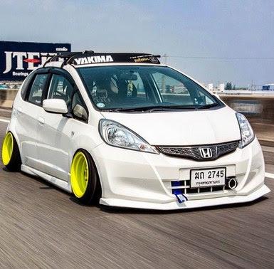 Modifikasi Motor Modifikasi Mobil Honda Jazz Warna Putih