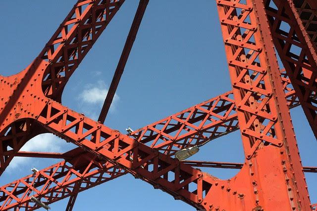 Broadway Bridge, April 2011