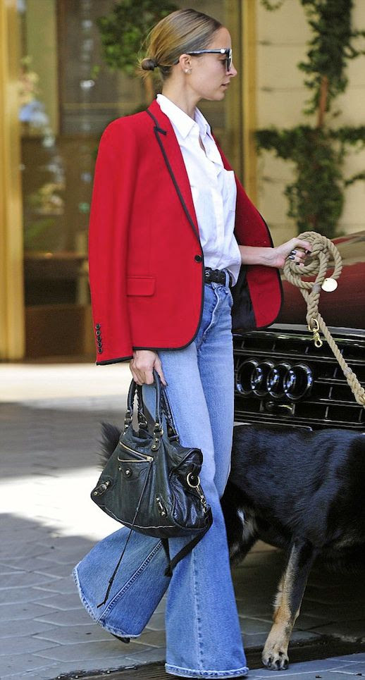 LLE FASHION BLOG NICOLE RICHIE CAT EYE SUNGLASSES LOW BUN HAIR KNOT SAINT LAURENT RED BLAZER WHITE COLLARED SHIRT DENIM FLARES BELL BOTTOMS WALKING DOG WEST HOLLYWOOD CELEBRITY STYLE GET THE LOOK 2 photo LEFASHIONBLOGNICOLERICHIEREDBLAZERDENIMFLARES2.jpg
