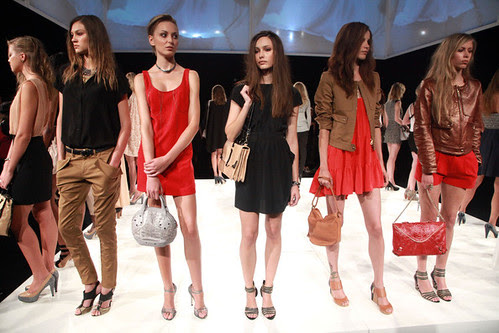 Rebecca+Minkoff+MBFW+Spring+2011+ONcvixmEVY7l