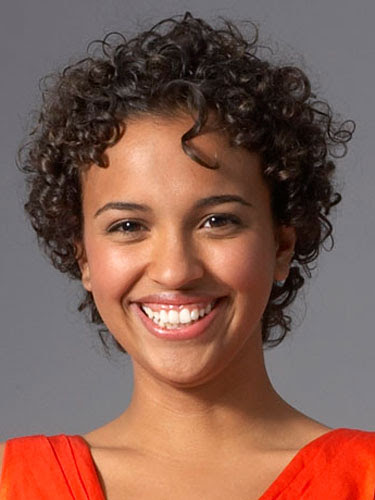 cute hairstyle for short curly hair