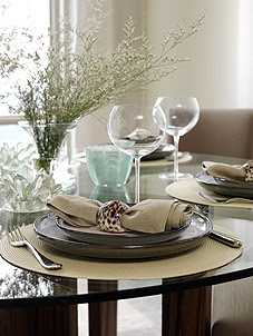 penthouse-condo-dining-room-image2