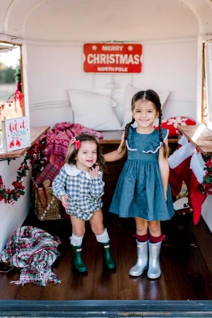 Christmas photos outfit ideas