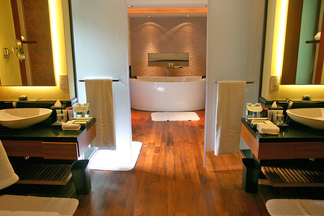The villa master bedroom has a Pharo jet massage whirlpool tub!