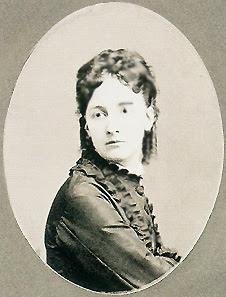 http://upload.wikimedia.org/wikipedia/commons/1/17/Maria_del_Pozzo.jpg