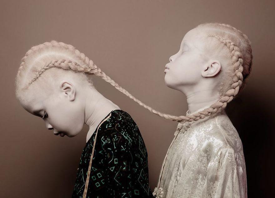 Lara Mara Bawar Sheila albinas Vinicius Terranova
