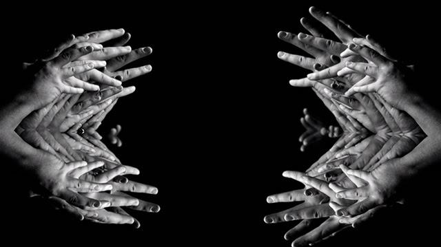 Mesmerizingly Creepy Kaleidoscopic Fingers Filmed by Dave Razor fingers black and white anatomy