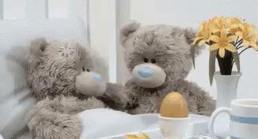 lekas sembuh ya gif semogalekassembuh beruang lucu