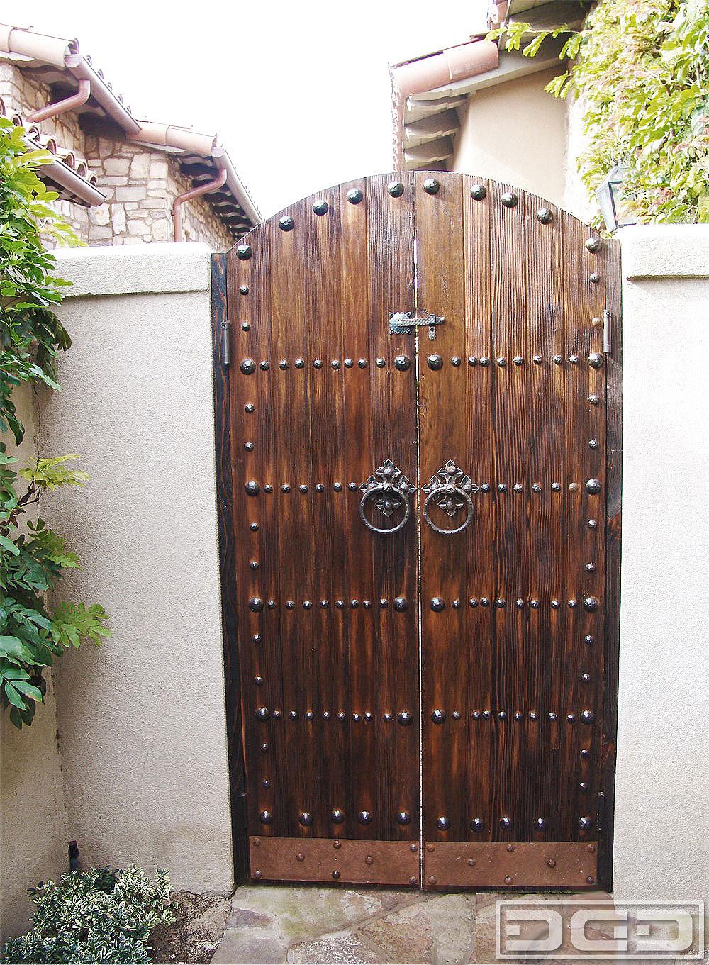 simple door design iron  | 667 x 1000