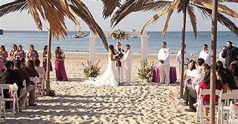 Monterey Beach House Monterey California Wedding Venues 1