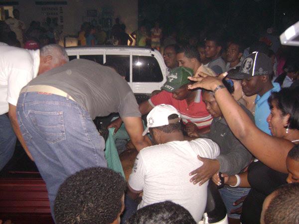 Resultado de imagen para Joven muerto en la morgue del hospital Alejandro Cabral
