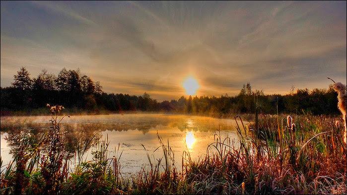 Восход над осенним озером/3673959_12 (700x393, 102Kb)