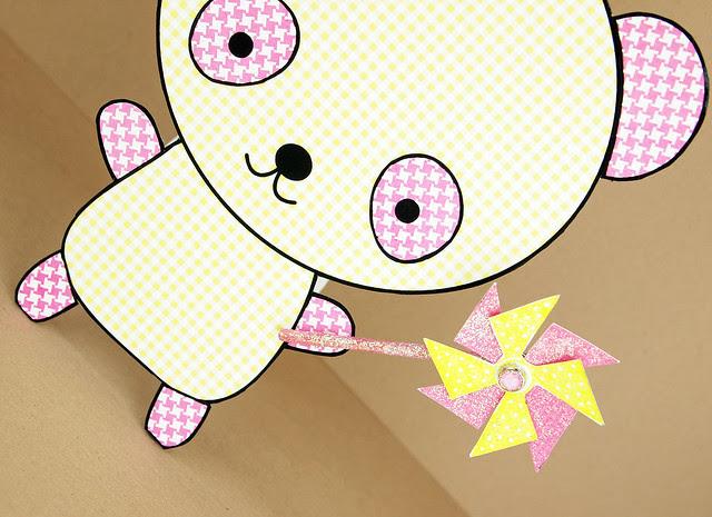 Girl-Panda-Close-Up