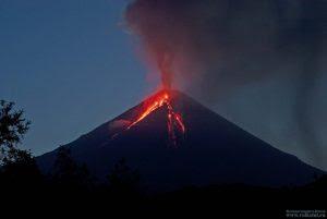 7/7/16 Klyuchevskoy Eruption