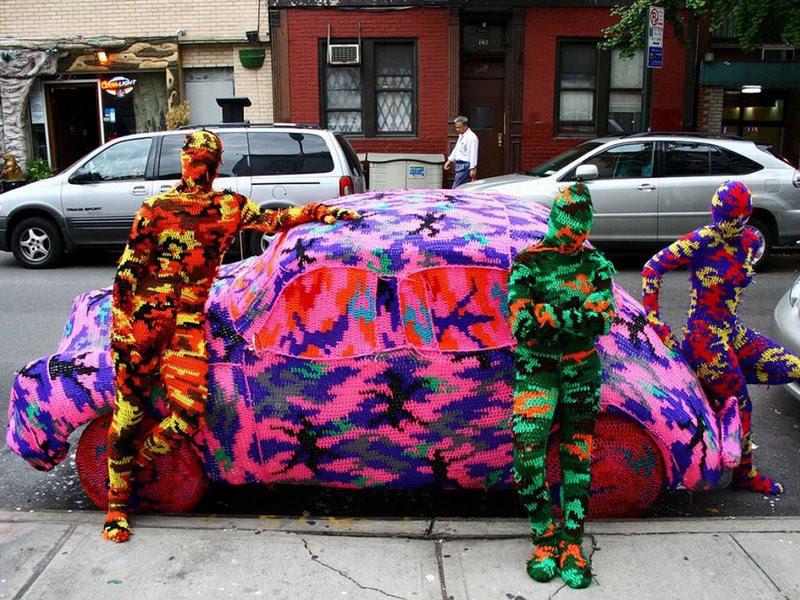 Как можно раскрасить свой город яркими красками и дарить радость вязание для улиц, дизайн, рукоделие, сделай сам, ярнбомбинг