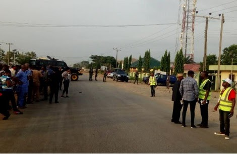 Protesters Storm INEC Imo Office Over Alleged Missing Names