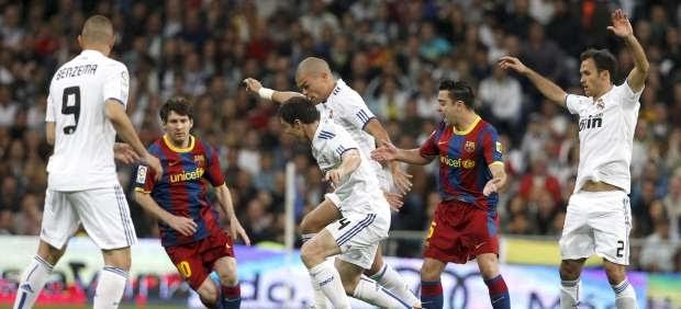 España: Barça y Madrid asfixian la Liga
