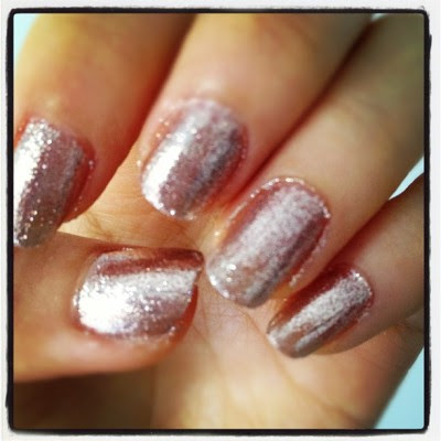 Love #glittery #nails :D  (Taken with instagram)