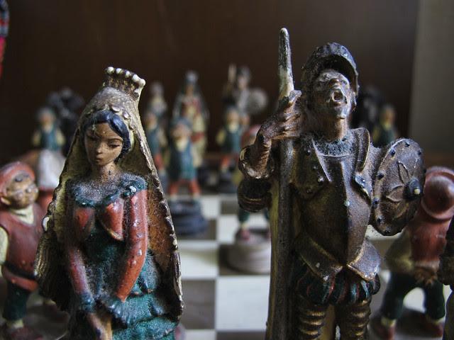 medieval chess set01 030813