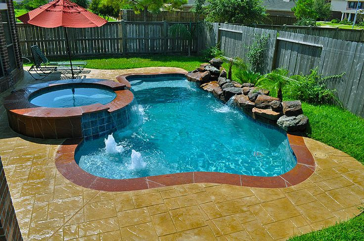 Small Back Yard Swimming Pool