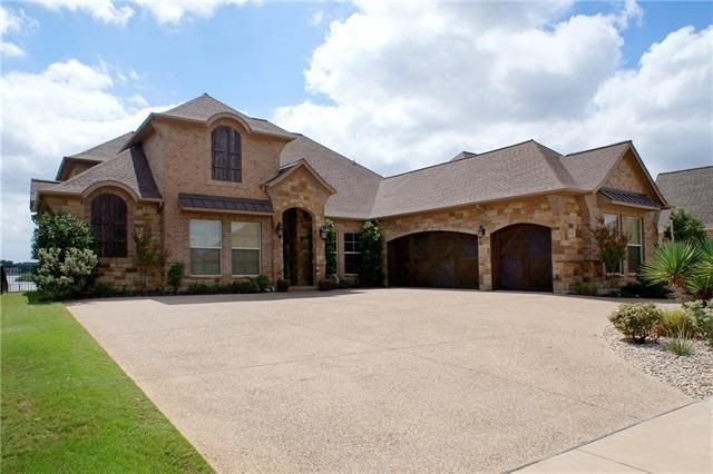 2225 Vienna Dr, Granbury, TX 76048  Home For Sale and Real Estate Listing  realtor.com®