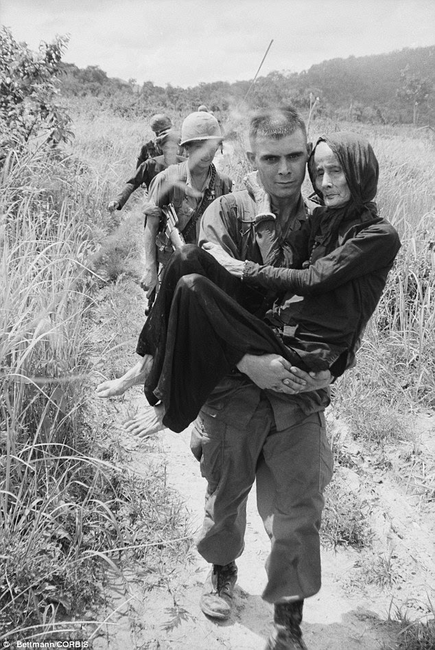 controversial topics  haunting images of the vietnam war
