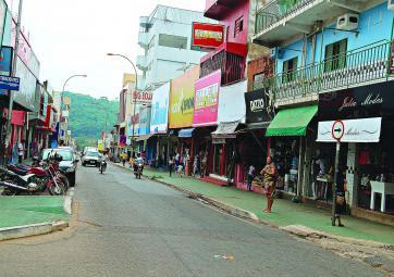 Resultado de imagem para rua DO COMERCIO EM PARAUAPEBAS