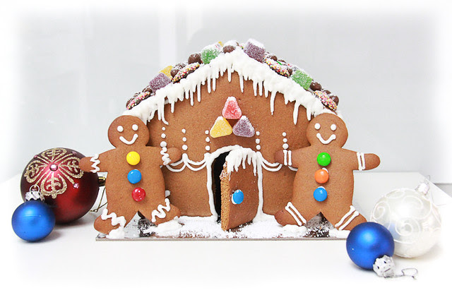 Gingerbread hosue-1