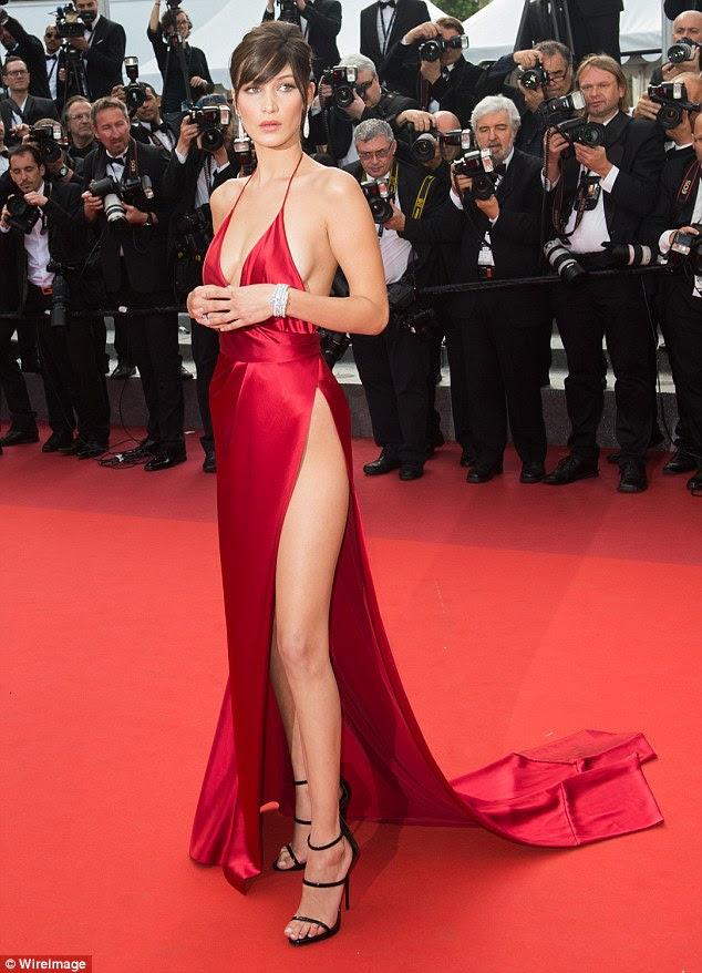 Andar a pé: Naomi revelou que ela tem ajudado algumas das meninas com a sua pista de caminhadas (Bella Hadid, 20, retratado no Festival de Cinema de Cannes em maio)