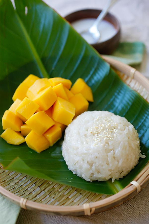 Mango Sticky Rice | Easy Delicious Recipes