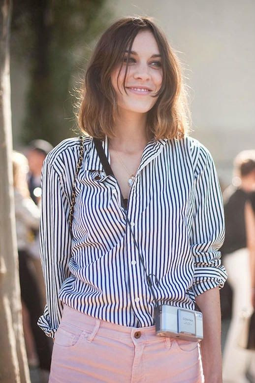 Le Fashion Blog 25 Ways To Wear A Striped Button Down Shirt Alexa Chung Pink Jeans Via Vanessa Jackman Denim