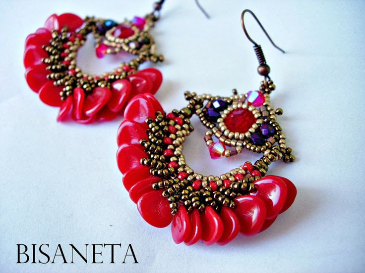 Bisaneta: YAFA PETAL EARRINGS