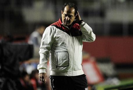 Na última quarta-feira, Muricy comandou o São Paulo no empate por 2 a 2 com o Flamengo (Foto: Marcos Ribolli)