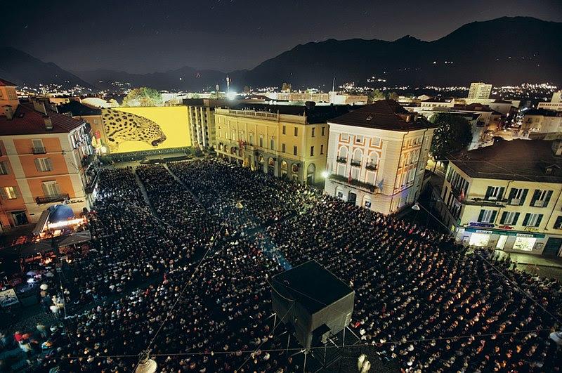 File:Piazza-Grande.jpg