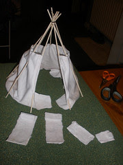 Tipi project - the lining and beds