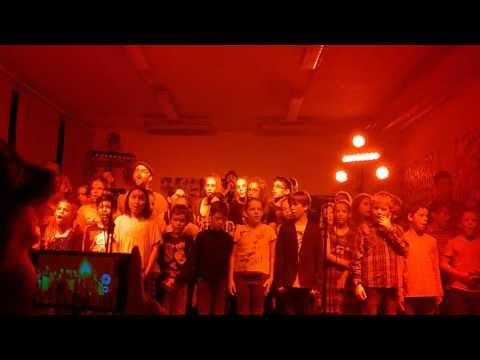 High and Low - egy videó a budaörsi akusztikus Firkin-koncertről
