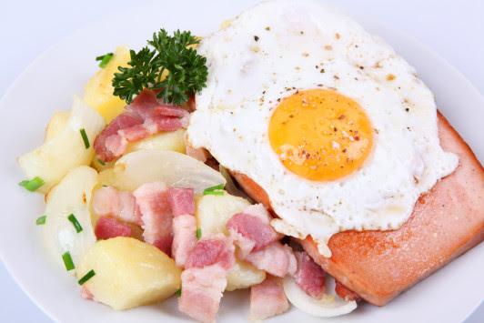 Έμφραγμα και εγκεφαλικό: Κίνδυνος από θρεπτική ουσία στο κρέας και το αυγό!