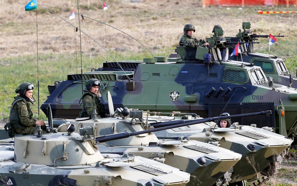 Ανήσυχη η Μέρκελ για τη ρωσική επιρροή στα Βαλκάνια