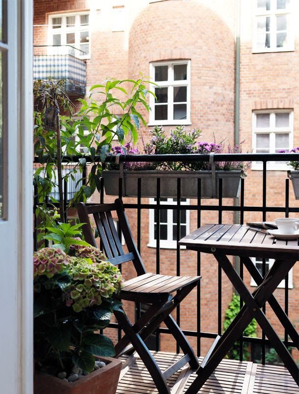 Dreamy little balcony nook by Bolaget. bo-laget.se/inspiration