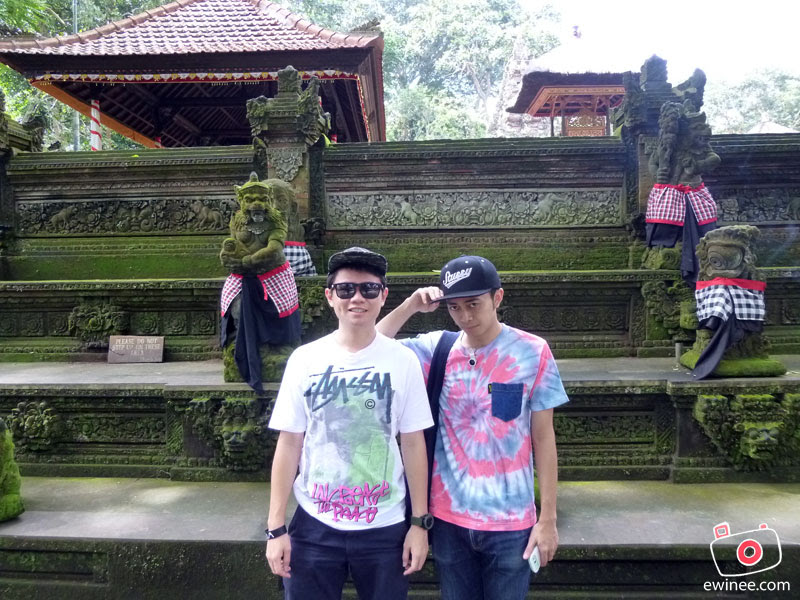 bali-2013-me-and-shakeel-monkey-forest