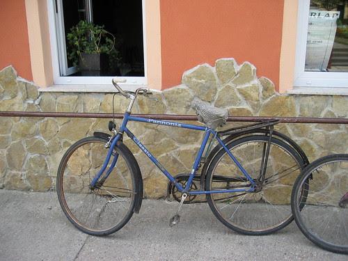Bicycle outside a pub