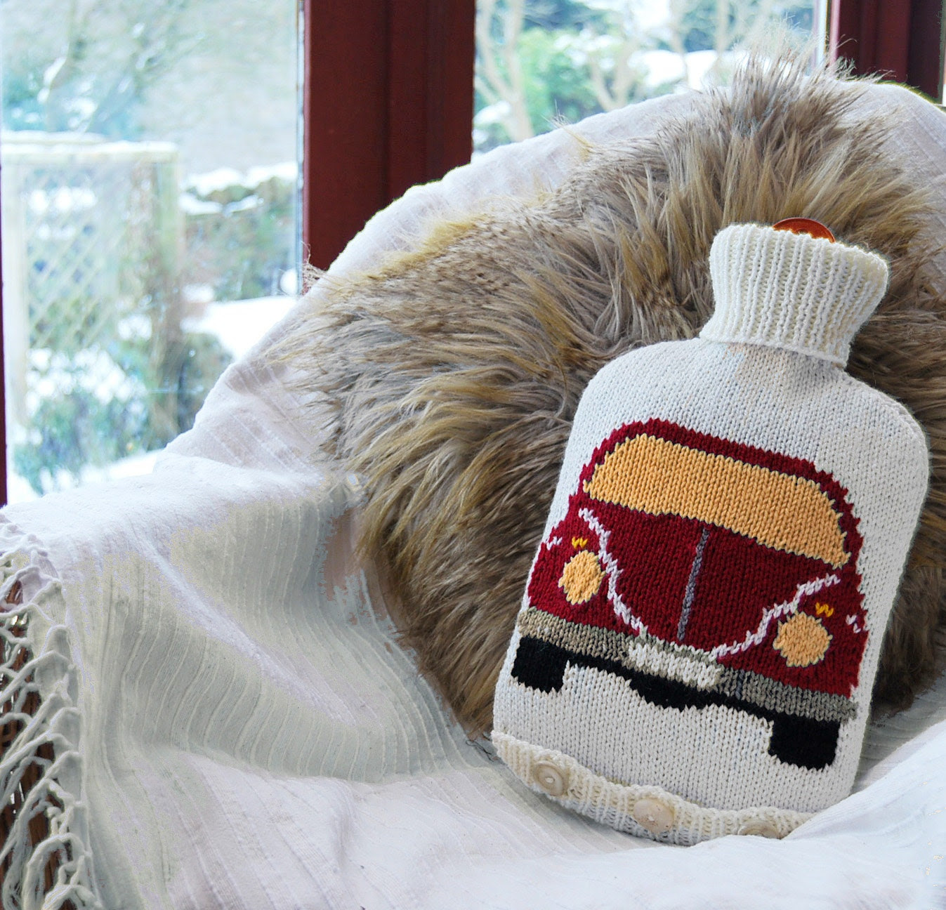 Knitting Pattern - Knit a Hot Water Bottle Cover Based on the VW (Volkswagen) Beetle / Bug