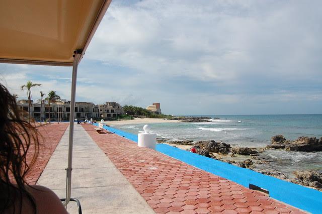 cancun_isla_mu_cart_beach