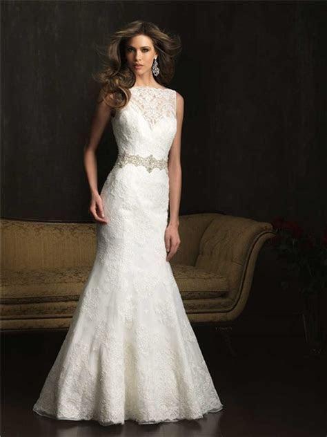 Mermaid Bateau Neck V Back Vintage Lace Wedding Dress With