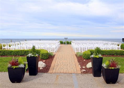Infinity and Ovation Yacht Charter's outdoor wedding